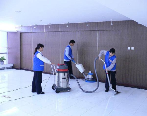 家用地毯怎么清洗?